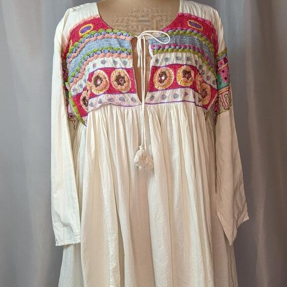 Velzera Tassel Tie Embroidered Boho Blouse Size 1X